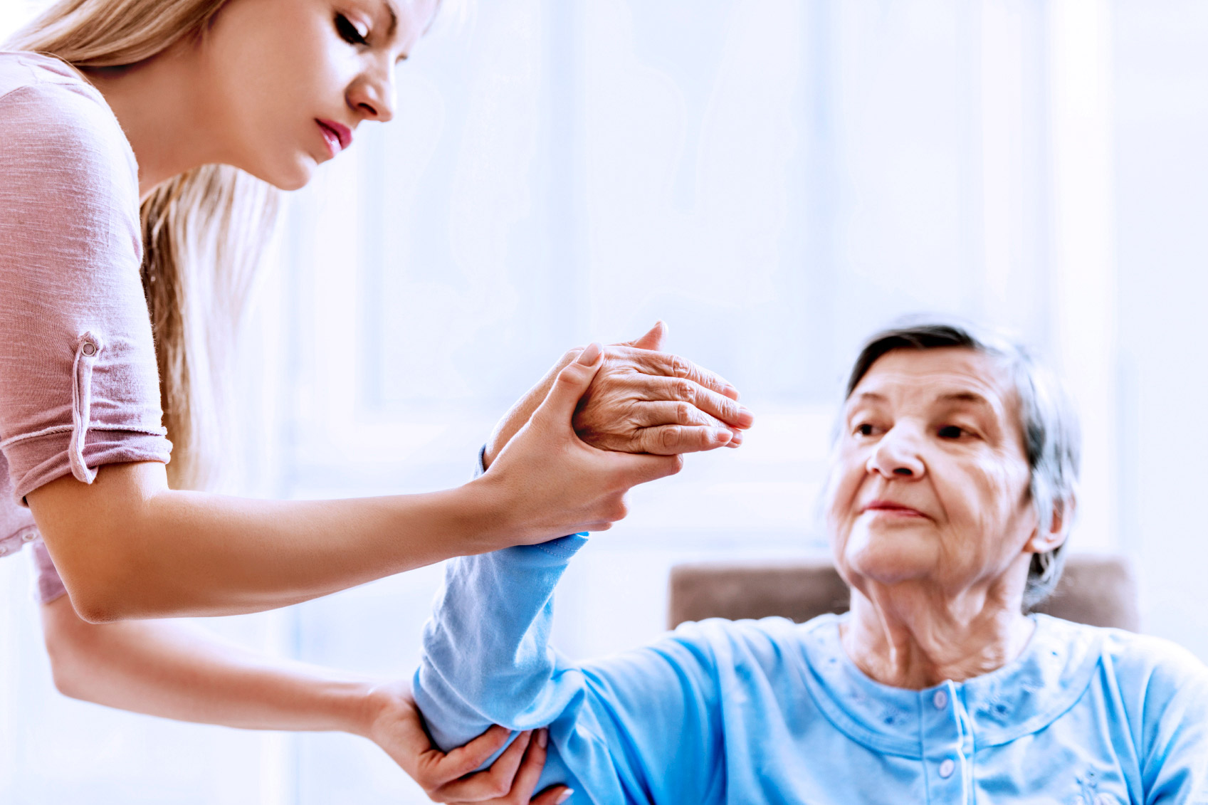 What are the benefits of having physiotherapy at home?
